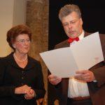 Helga Konzack erhält die goldene Ehrennadel des Landesmusikrates